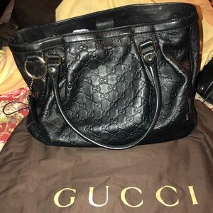 Gucci bag with matching wallet